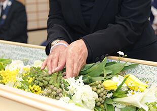 お葬式の流れ、納棺、死葬束