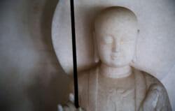 地蔵盆|子どもたちの守り神、地蔵菩薩を祀る