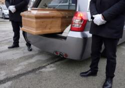 葬儀の葬祭ディレクターってどんな資格?仕事内容から資格取得方法まで詳しく解説