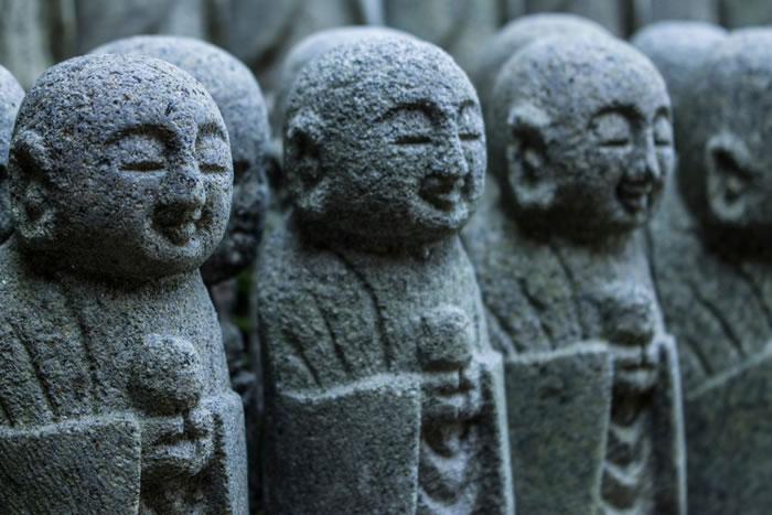 合葬墓の特徴と永代供養墓、納骨堂の違い