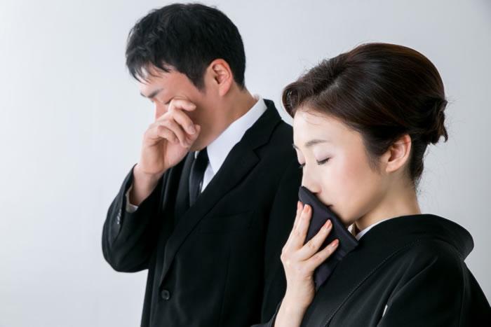 葬儀の際に使われる「痛み入ります」はどういう意味?痛み入りますの意味や言われたときの返しを完全解説