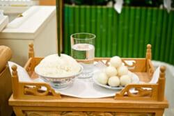枕経(まくらぎょう)とはどんな儀式?その意味やタイミング、流れなど枕経について解説