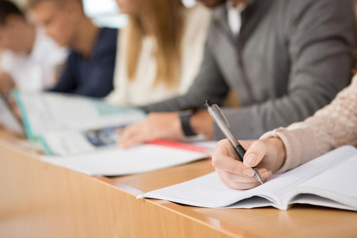 遺体衛生保全士の資格取得ができる学校の授業内容