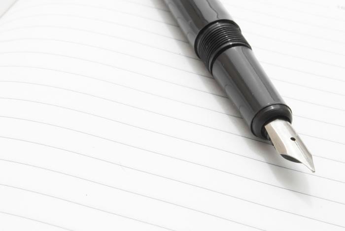 芳名帳の基本的な書き方と気をつけるポイントを解説