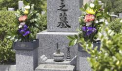 お墓についての幅広い知識を持つお墓ディレクター|仕事内容から資格取得方法まで詳しく解説