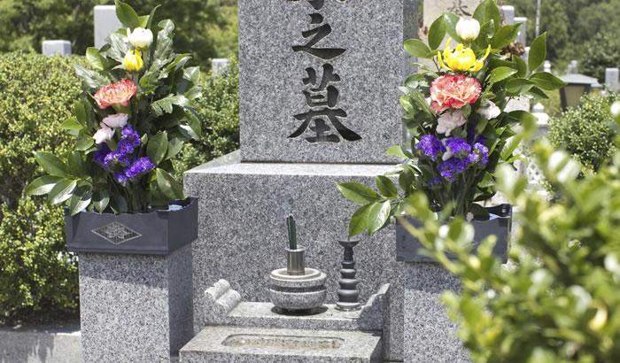 お墓についての幅広い知識を持つお墓ディレクター 仕事内容から資格取得方法まで詳しく解説