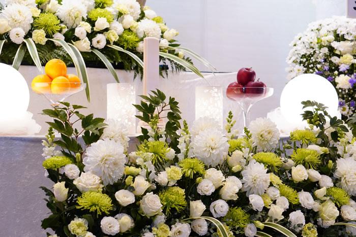 フューネラルフラワー技能検定とは|葬儀の場での役割を解説