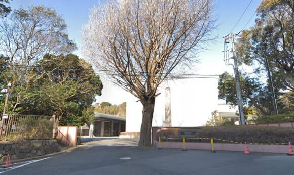 「横須賀市立中央斎場」 神奈川県横須賀|横須賀市の方は安価で利用できる公営の火葬場