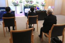 会葬という言葉の使い方|辞退する場合やあいさつマナーを解説
