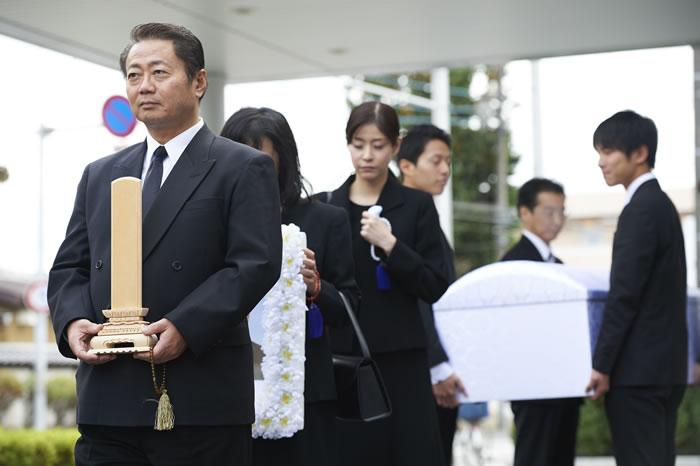 野辺送りの慣習が残る小豆島の葬送習俗