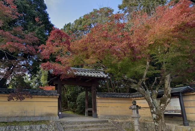 「秋篠寺」 奈良県奈良市|郊外にひっそりとたたずむ寺院