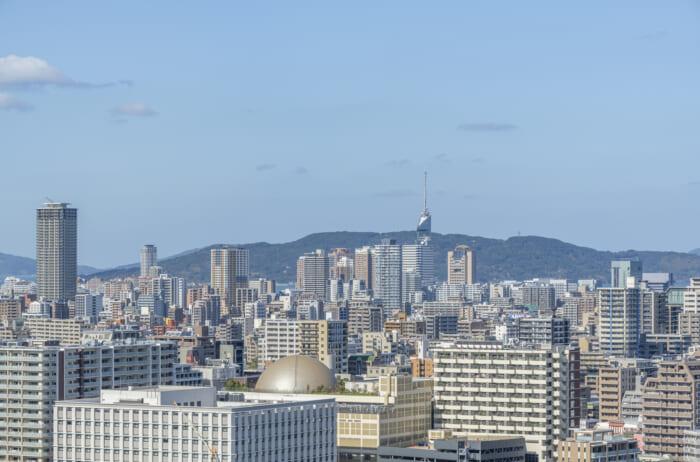 福岡県内では都市部と郊外で費用相場に差異があるか