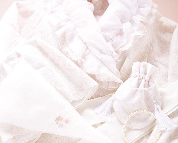 天国でお互いを見つけやすいようにと、エンディングドレスを贈りあったご夫婦の愛
