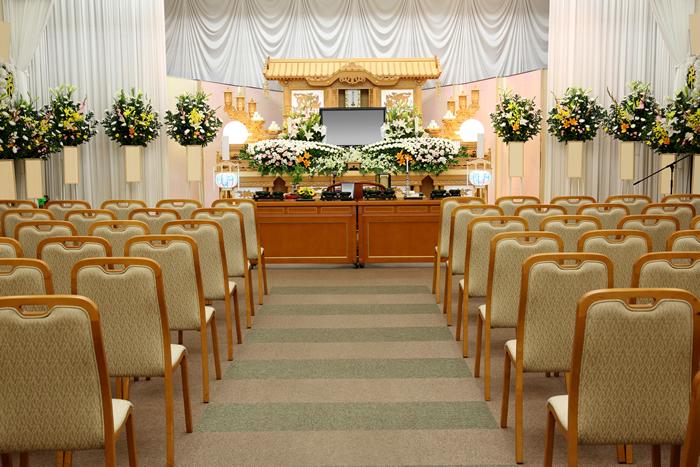 一般葬の定義|一般葬が減りつつある背景と現代のお葬式を考える