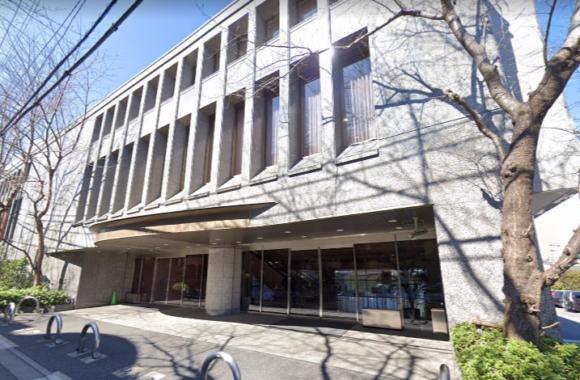 「落合斎場」 東京都新宿区|東京博善が運営する交通アクセスも良好な総合斎場